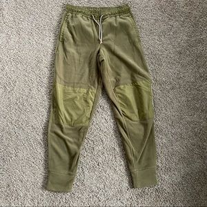 Under armour olive green fleece  jogger pant M